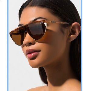 NWT🎯Guay Australia women sunglass